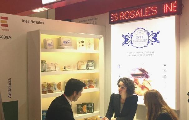 Empresas andaluzas de confitería promocionan su oferta en la Feria ISM de Alemania con el apoyo de Extenda