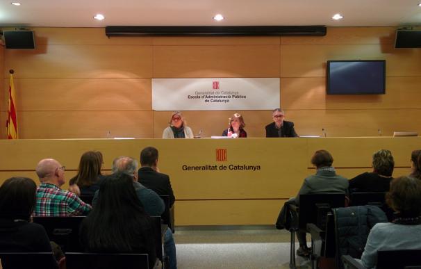 """Consejera catalana ve """"dentro de la normalidad"""" que los funcionarios puedan librar para apoyar a Mas"""