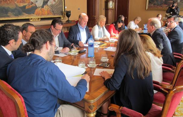 El PP encuentra respaldo en los grupos para unificar las normas de transparencia y contra la corrupción