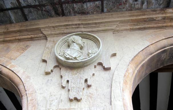 """El Ayuntamiento de Salamanca retirará el medallón de Franco con """"la mayor prisa posible"""""""
