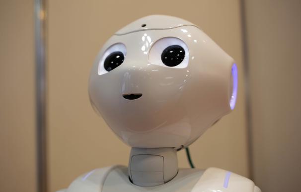 Pepper Robot, desarrollado por Softbank, durante la Japan Robot Week 2016 en Tokyo. Getty Images