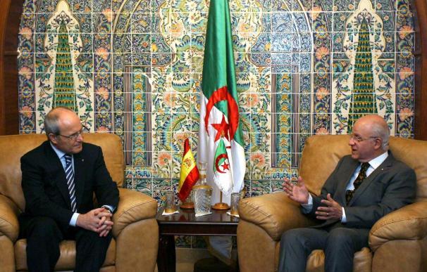 """Montilla califica de """"muy interesante"""" la reunión con las autoridades argelinas"""