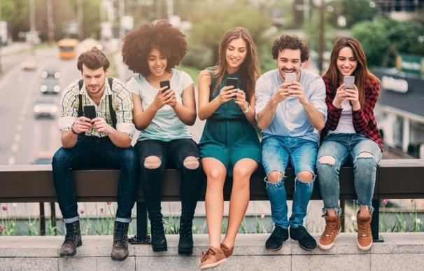 OCU valora la atención de Pepephone y R por teléfono, y de Yoigo, Tuenti y Amena cuando es por mail