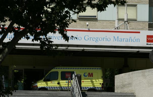 Se desprende parte del falso techo de una habitación de Oncología del Hospital Gregorio Marañón de Madrid