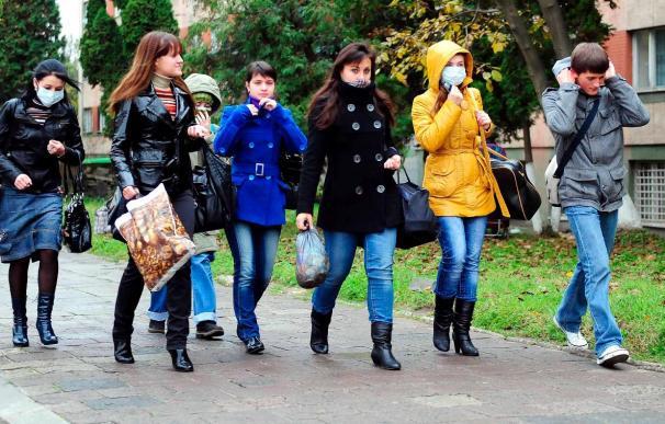 La epidemia de gripe A mata a once personas en Ucrania y obliga a parar la campaña electoral