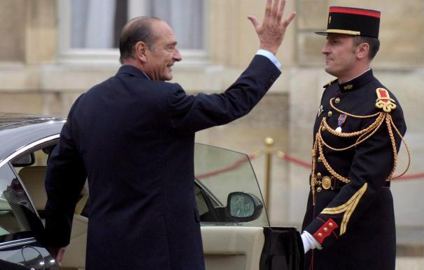 Chirac comparecerá ante la justicia por presunta malversación de fondos