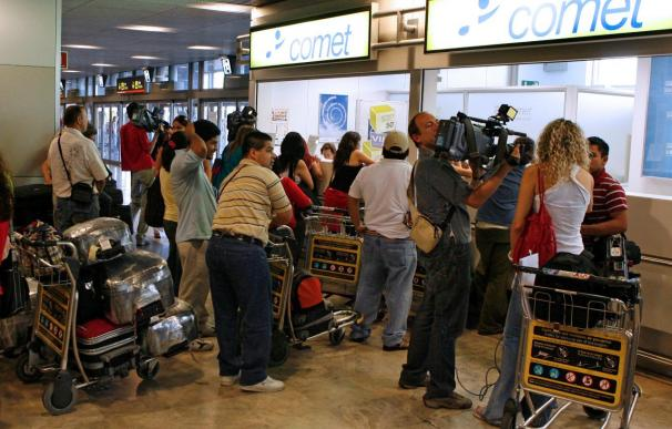 Los trabajadores de Air Comet se manifiestan mañana en Madrid por el impago de los sueldos