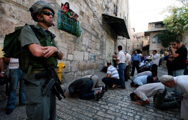 Ocho palestinos heridos en incidentes con la policía israelí en la Explanada de las Mezquitas