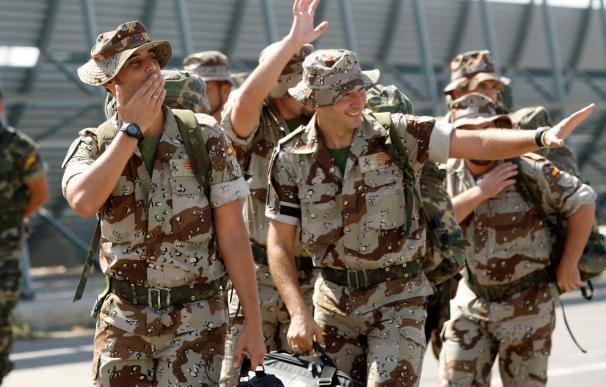 Las tropas españolas, obligadas a abandonar su base logística de Kirguistán a Afganistán