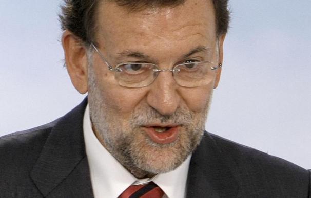 Rajoy asegura que si alguien cree que Rato no sería extraordinario presidente que lo diga