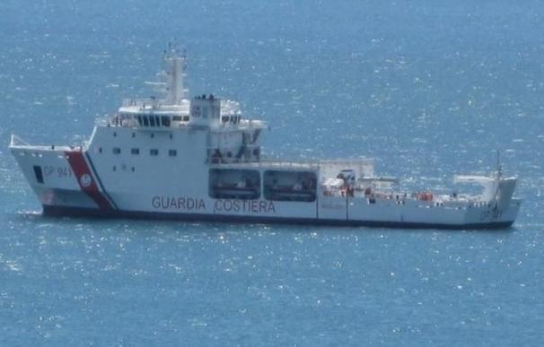 Diez muertos y 4.220 rescatados en el Mediterráneo en las últimas horas