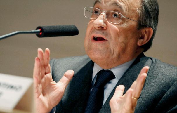 Florentino Pérez eludió hablar de Pellegrini y trasladó el asunto a Valdano