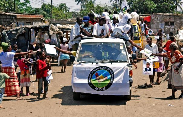 Abren las urnas en un ambiente tranquilo en las cuartas elecciones de Mozambique