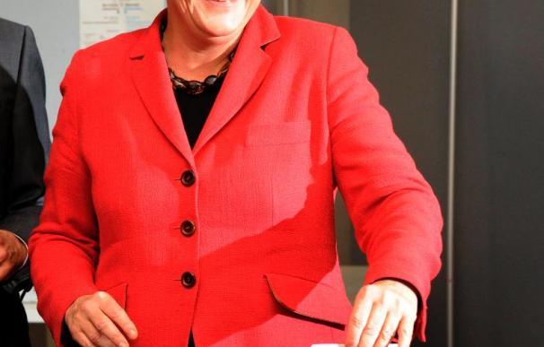 Merkel vota en Berlín y reitera su confianza en el triunfo
