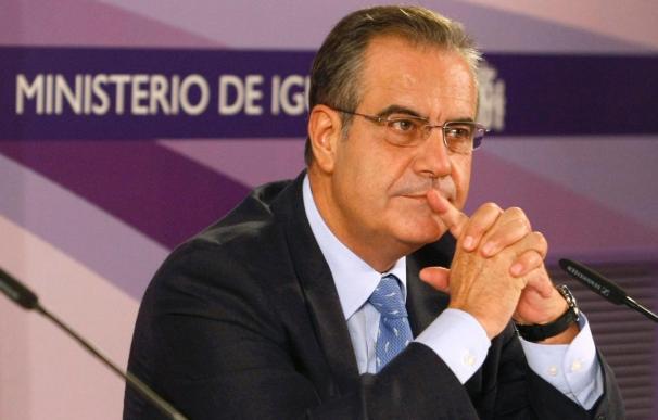 """Corbacho aboga por el contrato a tiempo parcial y urge a reformas """"serenas"""""""