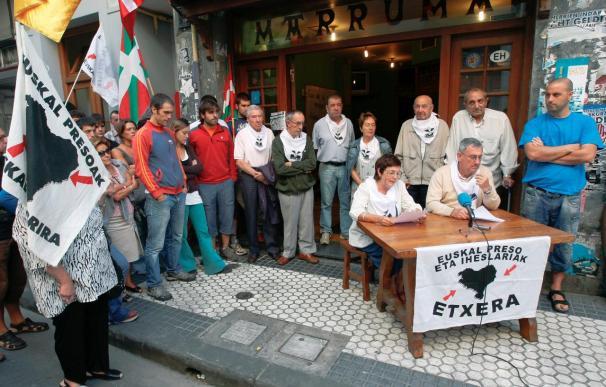 El TSJPV revoca la orden de Interior de prohibir fotos de ETA en los actos de Etxerat
