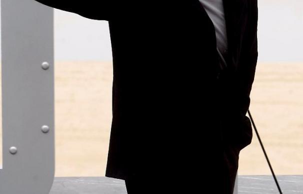 """Roland Emmerich y John Cusack pasan por San Sebastián con el filme """"2012"""""""