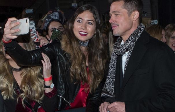 Brad Pitt elogia su paso por Gran Canaria en el preestreno de Aliados