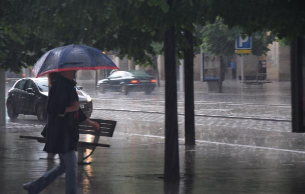 El Puente de la Constitución estará marcado por la lluvia, que se concentrará en el Mediterráneo durante la Inmaculada