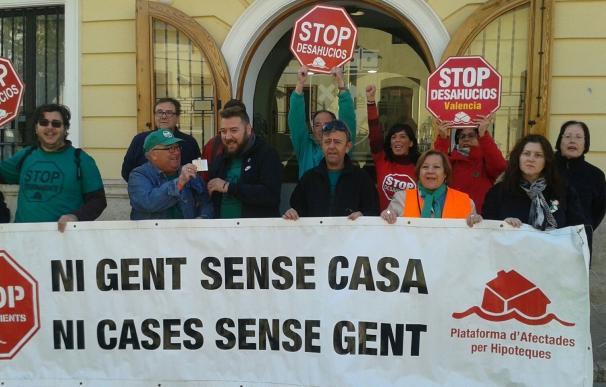 """PAH Valencia celebra que """"no se paralice"""" la aprobación de la Ley de la Función Social de la Vivienda pero ve """"lagunas"""""""