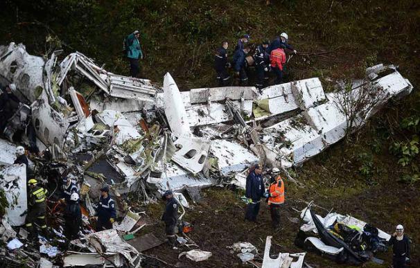 """""""Ayuda, ayuda"""", los estremecedores últimos mensajes del piloto a la Torre de Control"""