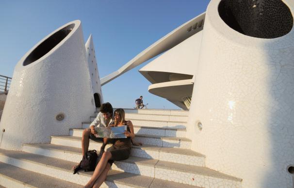 La Comunitat Valenciana supera por primera vez los siete millones de turistas extranjeros en diez meses