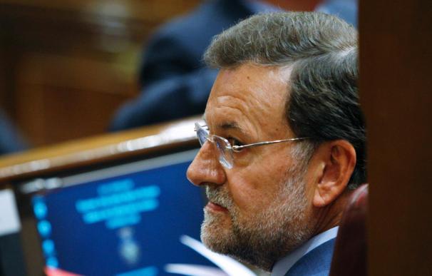 Rajoy asegura los presupuestos 2010 traerán más paro, más déficit y más impuestos