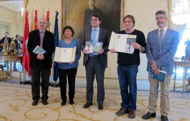 El novelista Francisco López y la poeta Amalia Iglesias reciben sus premios 'Ciudad de Salamanca'