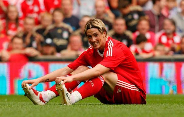 El Liverpool aplasta al Hull con tres goles de Torres y el United, nuevo líder