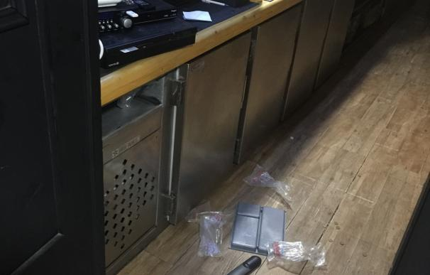Detenidos cuatro jóvenes por un robo en un restaurante en Aranga (A Coruña)