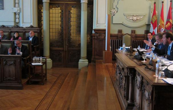El equipo de Gobierno de Valladolid elude abordar directamente la protección a funcionarios que denuncien corrupción