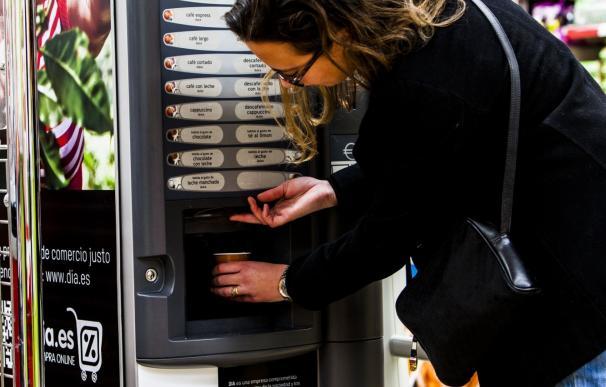 Grupo DIA y Oxfam Intermón instalan máquinas de café de Comercio Justo en 10 tiendas de Madrid