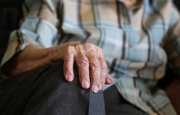 Constatan la eficacia de un tratamiento rehabilitador específico para la demencia de pacientes con Parkinson