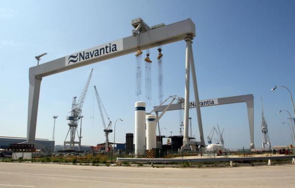 """Navantia y trabajadores acuerdan la construcción """"íntegra"""" del cuarto petrolero en la Bahía"""