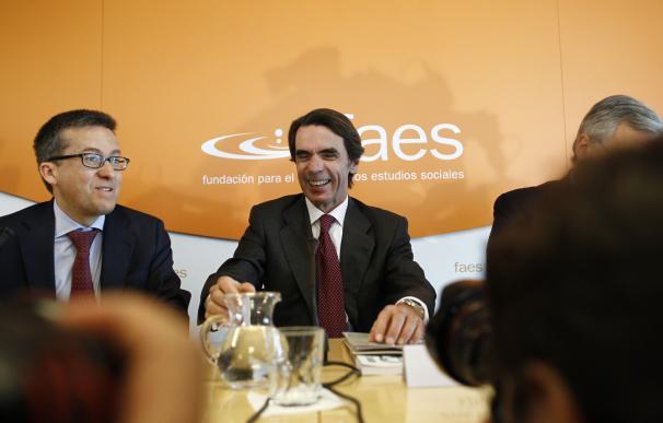 Aznar renueva el patronato de FAES y deja fuera a los cargos del PP en activo tras desligarse la fundación y el partido