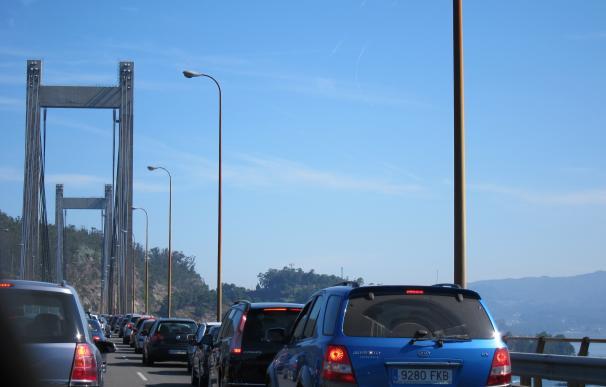 Tráfico prevé 1,2 millones de desplazamientos en las vías gallegas en el puente de la Constitución y de la Inmaculada