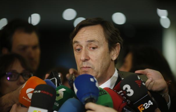 """Hernando (PP) se mantiene en que """"todos"""" deben reflexionar tras la muerte de Barberá y dice que no se arrepiente de nada"""