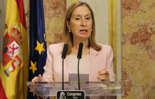 Ana Pastor consolida el adelanto de los Plenos una hora, pero hará nuevas propuestas de conciliación en el Congreso