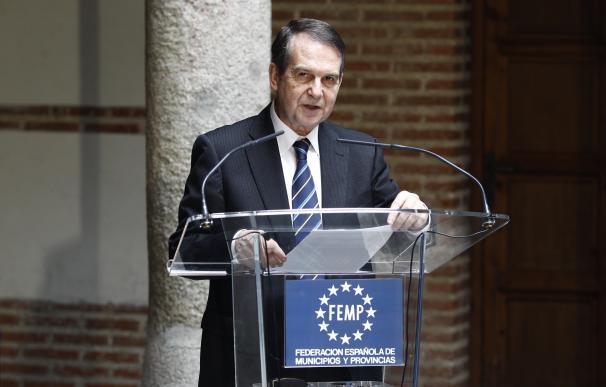 El alcalde de Vigo prepara un acto con alcaldes en apoyo a Susana Díaz en Madrid para la próxima semana