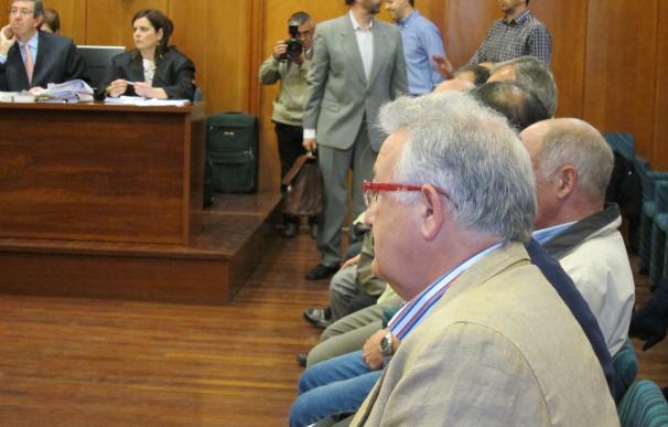 Condenan a Muguruza y a los exconcejales Hierro y Díez Muro a más de 4 años de inhabilitación por el caso Mioño