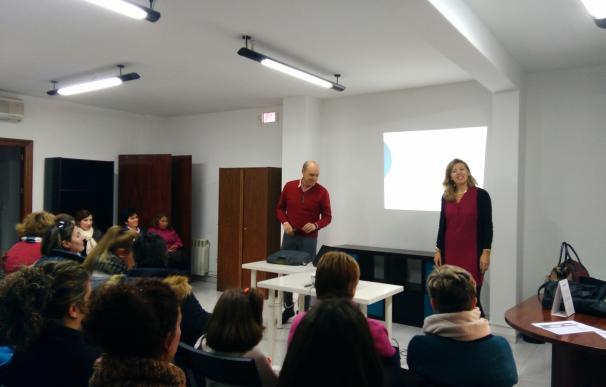 El centro de salud de Úbeda imparte un taller de formación para las trabajadoras de ayuda a domicilio