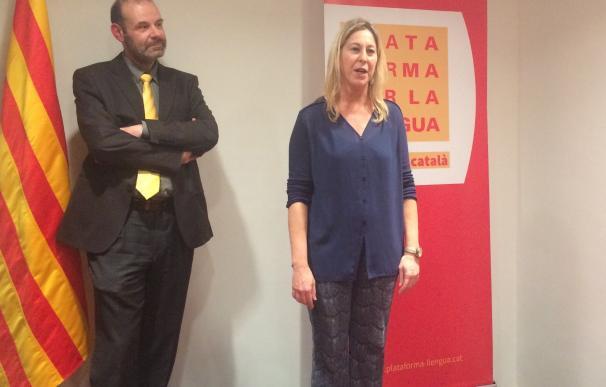 "La consellera Munté reivindica que el catalán ""merece ser la lengua normal de un país normal"""