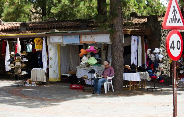 Tejeda(Gran Canaria) celebra la Fiesta del Almendro en Flor dedicándole un día al turista