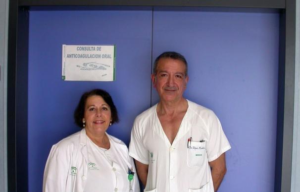 El Valme innova implantando el autocontrol en pacientes con tratamiento de anticoagulación oral de alto riesgo