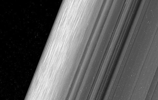 Las inéditas imágenes de los anillos de Saturno captadas por la NASA