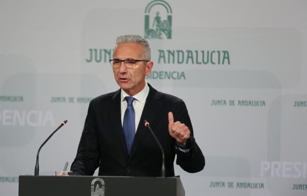 El viceconsejero de Salud andaluz y el gerente del SAS renuncian a su cargo