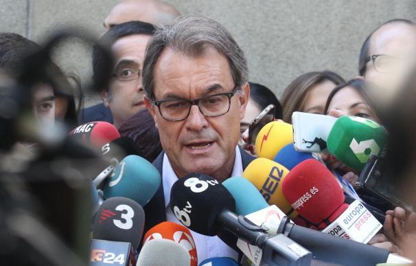 """Mas sitúa la posibilidad de que el referéndum se haga """"en torno al verano"""" si se avanza"""