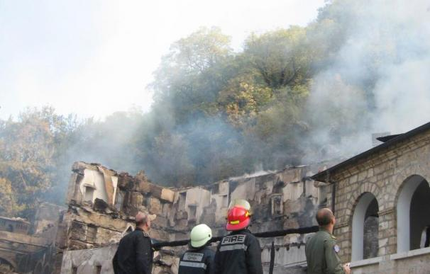 Un incendio destruye gran parte de un valioso monasterio macedonio del siglo XI
