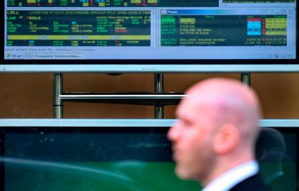 El FTSE-100 sube un 0,19 por ciento y se dispone a firmar su mejor trimestre desde 1984
