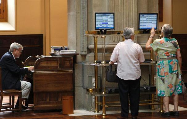 La Bolsa española marca los máximos anuales a mediodía y el Ibex supera 11.900 puntos